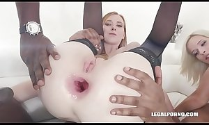 Fisting &_ double anal time for Linda Sweet &_ Ria Sunn