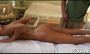 Arousing babe'_s excitement with massage previous to sexy drilling